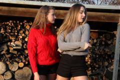 Delia & Rici Set 1