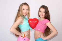 HW_Group_Love_Hearts_116-scaled